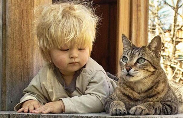 Dzieci zachowuja sie jak zwierzeta (2)