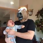 OJciec roku z głową konia